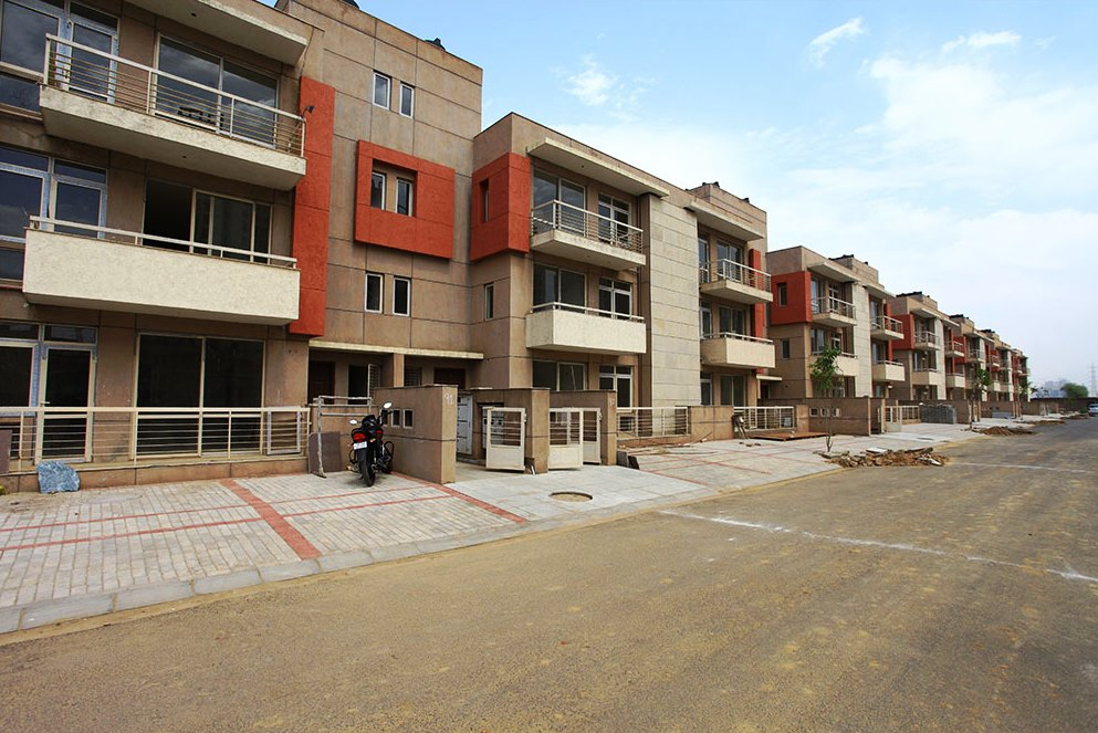 Unitech Woodstock Floors Home Loan