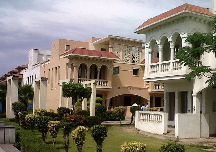 Amrapali Leisure Valley Home Loan