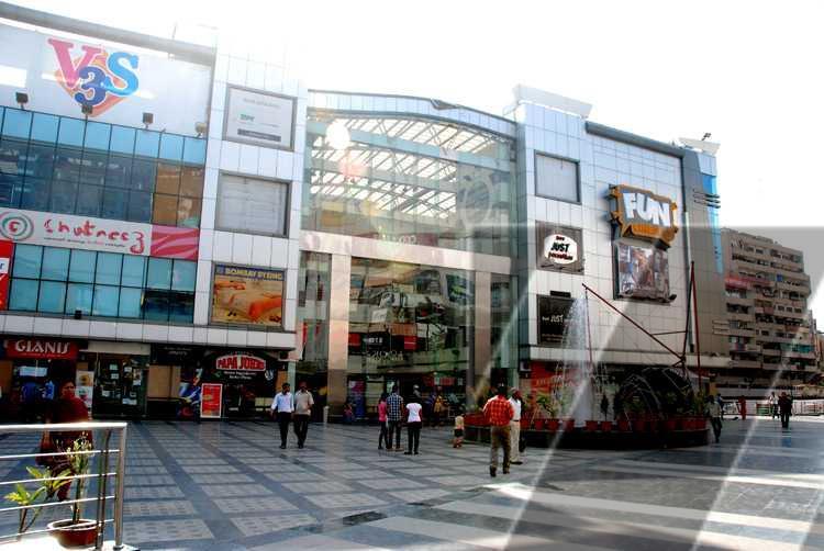 V3s East Centre Mall Laxmi Nagar Vikas Marg New Delhi