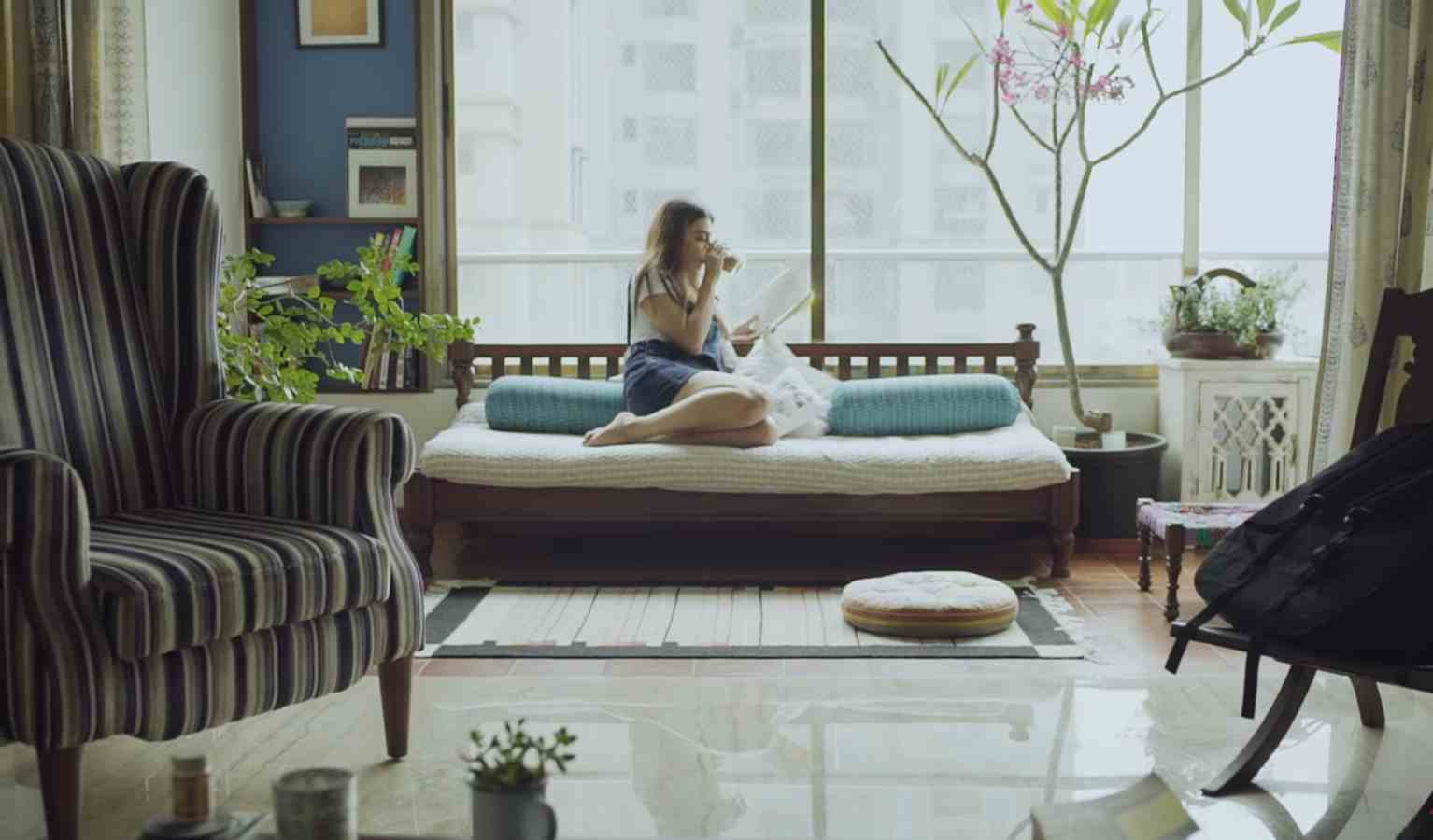 Radhika Apte s Colourful Home in Mumbai Photo